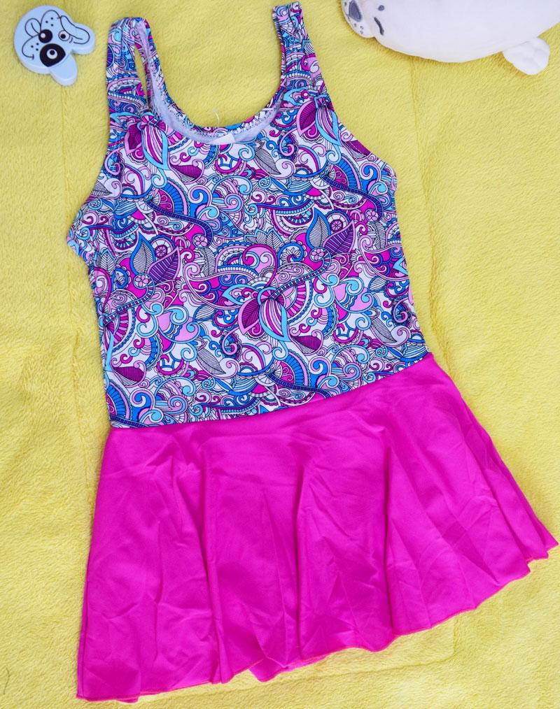 ชุดว่ายน้ำเด็กผู้หญิงลายกราฟิก กระโปรงสีชมพู สวย หวาน น่ารัก