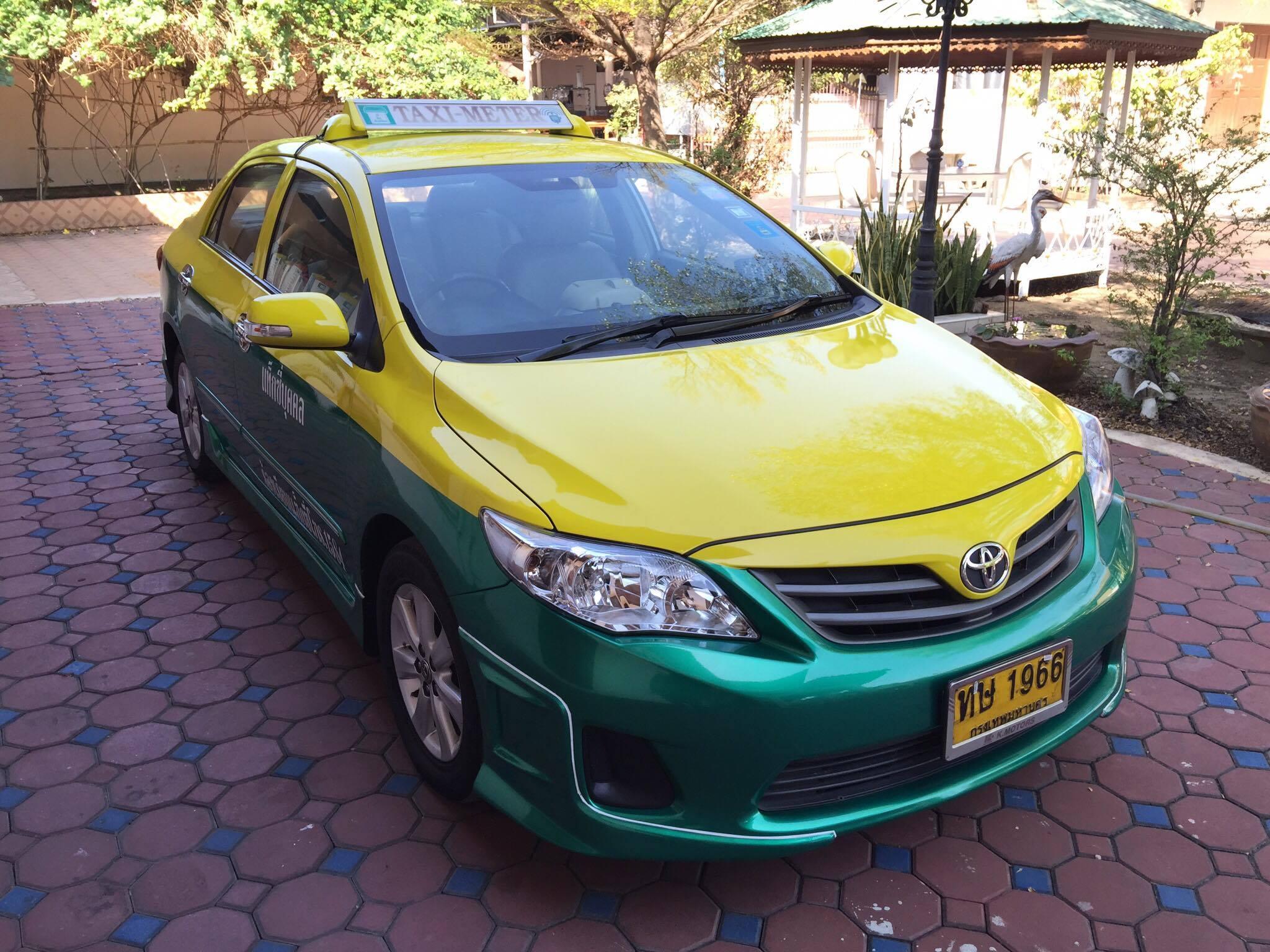 แท็กซี่มือสอง Altis J ปี 2012