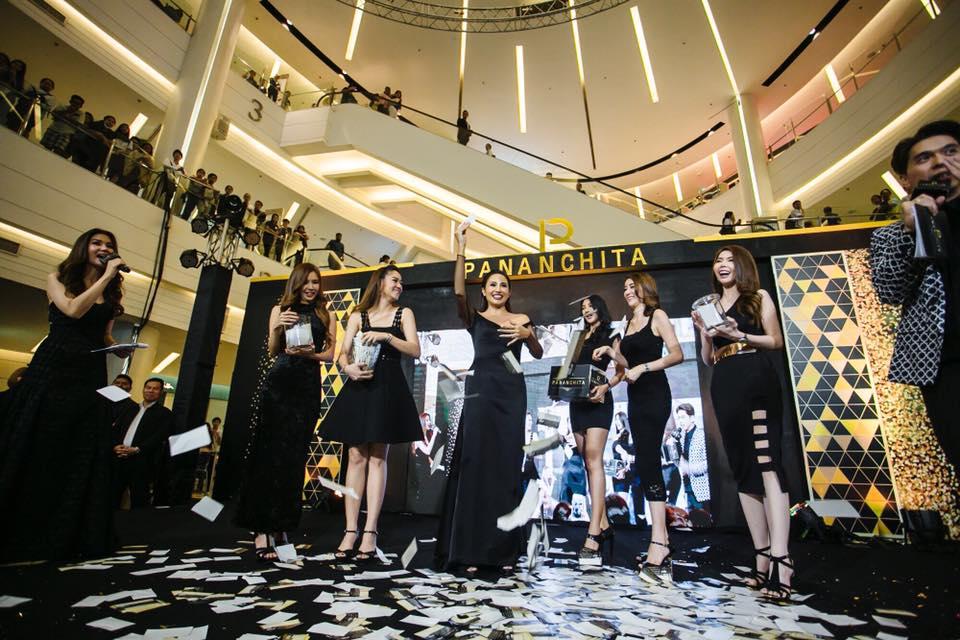 Pananchita Thailand แกรนโอเพนนิ่ง 22/05/60 อีกก้าวของความสำเร็จ ยอดขายทะลุ 69 ล้านบาท ตั้งแต่ก่อนเปิดตัว โดยคุณปนันชิตา แก่นจันทร์ กรรมการผู้จัดการใหญ่ Grand Opening Pananchita PER & SOL อย่างเป็นทางการ ยิ่งใหญ่อลังการ ไปเป็นที่เรียบร้อยแล้วนะคะ
