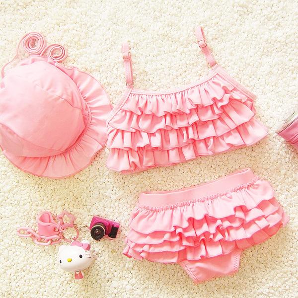 ชุดว่ายน้ำเด็ก ทูพีช สีชมพู มีระบายเป็นชั้นๆ พร้อมหมวก น่ารัก หวานๆ