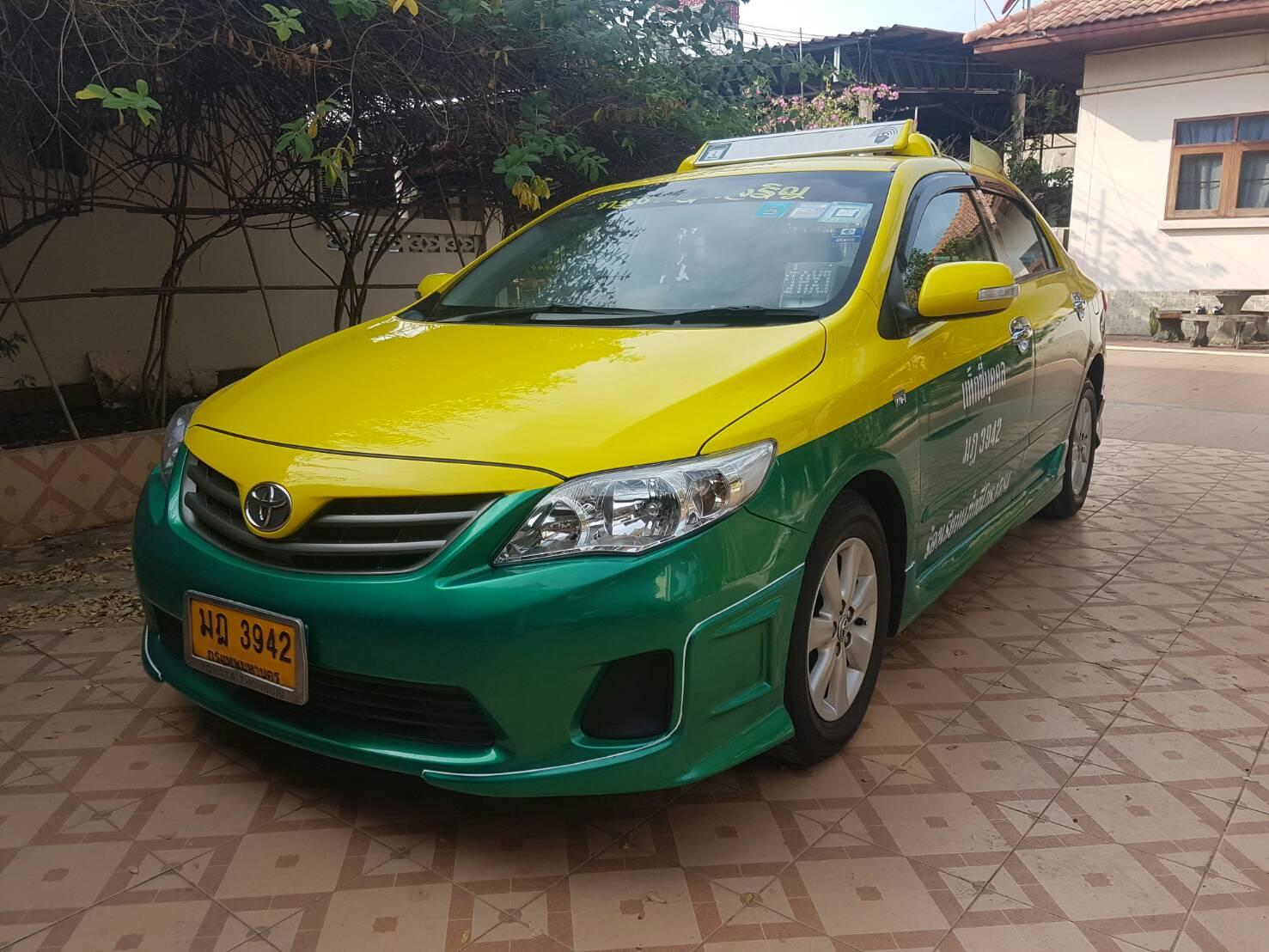 แท็กซี่มือสอง รถบ้าน ปี 2013 เหลือวิ่ง 5 ปี 9 เดือน รถวิ่งมาสองแสนกว่ากิโล