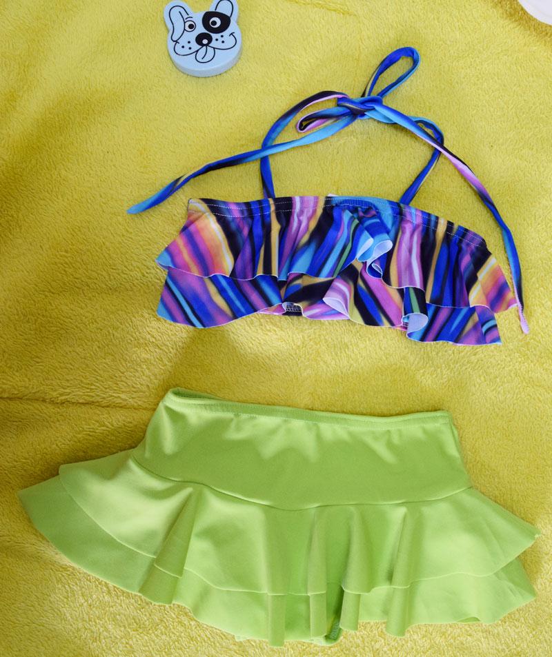 ชุดว่ายน้ำเด็ก ลายกราฟิก น่ารักสดใส แยกเป็น 2 ชิ้น