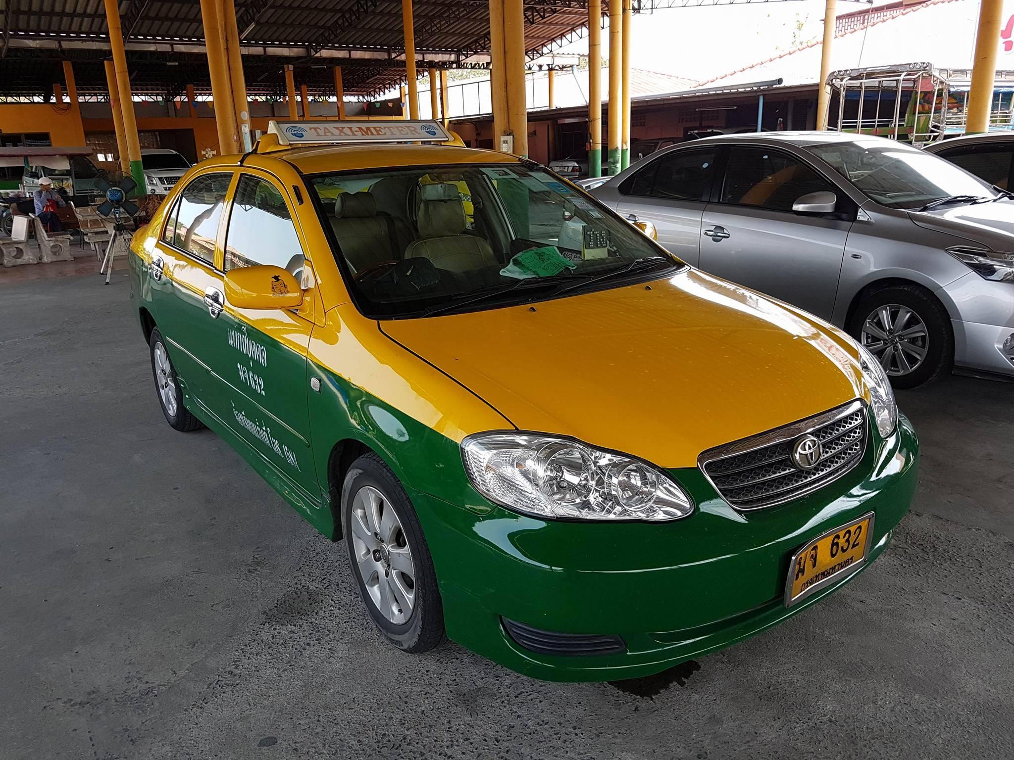 แท็กซี่ปลดป้าย Altis J ปี 2548