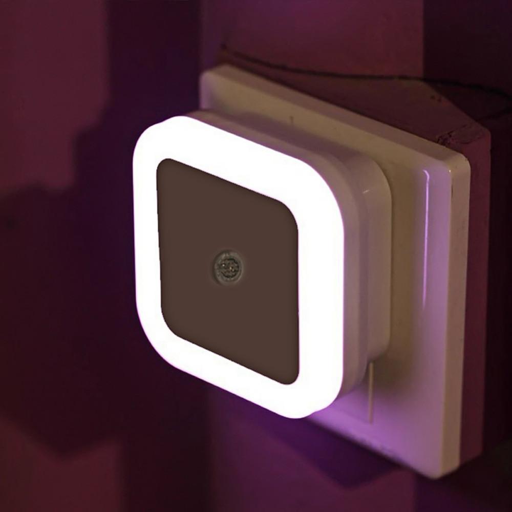 หลอดไฟมีเซ็นเซอร์แสง Night Lamp LED