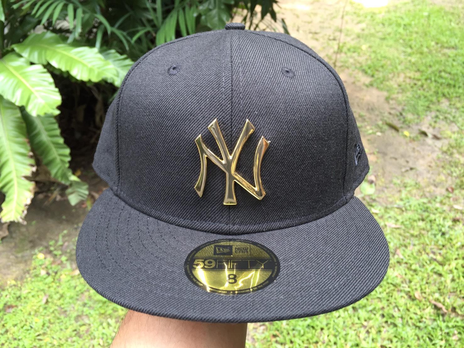 หมวก New Era Metal Badge Gold 59fifty