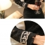 เสื้อผ้าลูกไม้เนื้ิอนิ่มสีดำ รอบคอเสื้อ รอบไหล่ และปลายแขนเสื้อ แต่งด้วยผ้าลูกไม้สีเหลือบทอง thumbnail 9
