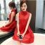 เดรสแขนกุดสีแดง ตัวเสื้อผ้าถักโครเชต์ลายดอกไม้ คอจีน เดรสเข้ารูปช่วงเอว thumbnail 3