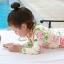 ชุดว่ายน้ำเด็กผู้หญิง แขนยาวสีครีมลายดอกไม้ กางเกงกระโปรงสีชมพู พร้อมหมวก thumbnail 4