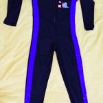 ชุดว่ายน้ำเด็กแนวสปอร์ต สีดำแถบสีน้ำเงิน แขนยาว ขายาว สามารถใส่ได้ทั้งเด็กผู้หญิงและเด็กผู้ชาย เนื้อผ้าดีมาก กันแดด