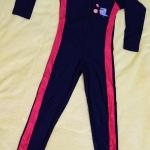 ชุดว่ายน้ำเด็กแนวสปอร์ต สีดำแถบสีแดง แขนยาว ขายาว สามารถใส่ได้ทั้งเด็กผู้หญิงและเด็กผู้ชาย เนื้อผ้าดีมาก กันแดด