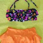 ชุดว่ายน้ำเด็ก สีส้มลายดอกไม้ น่ารักสดใส แยกเป็น 2 ชิ้น