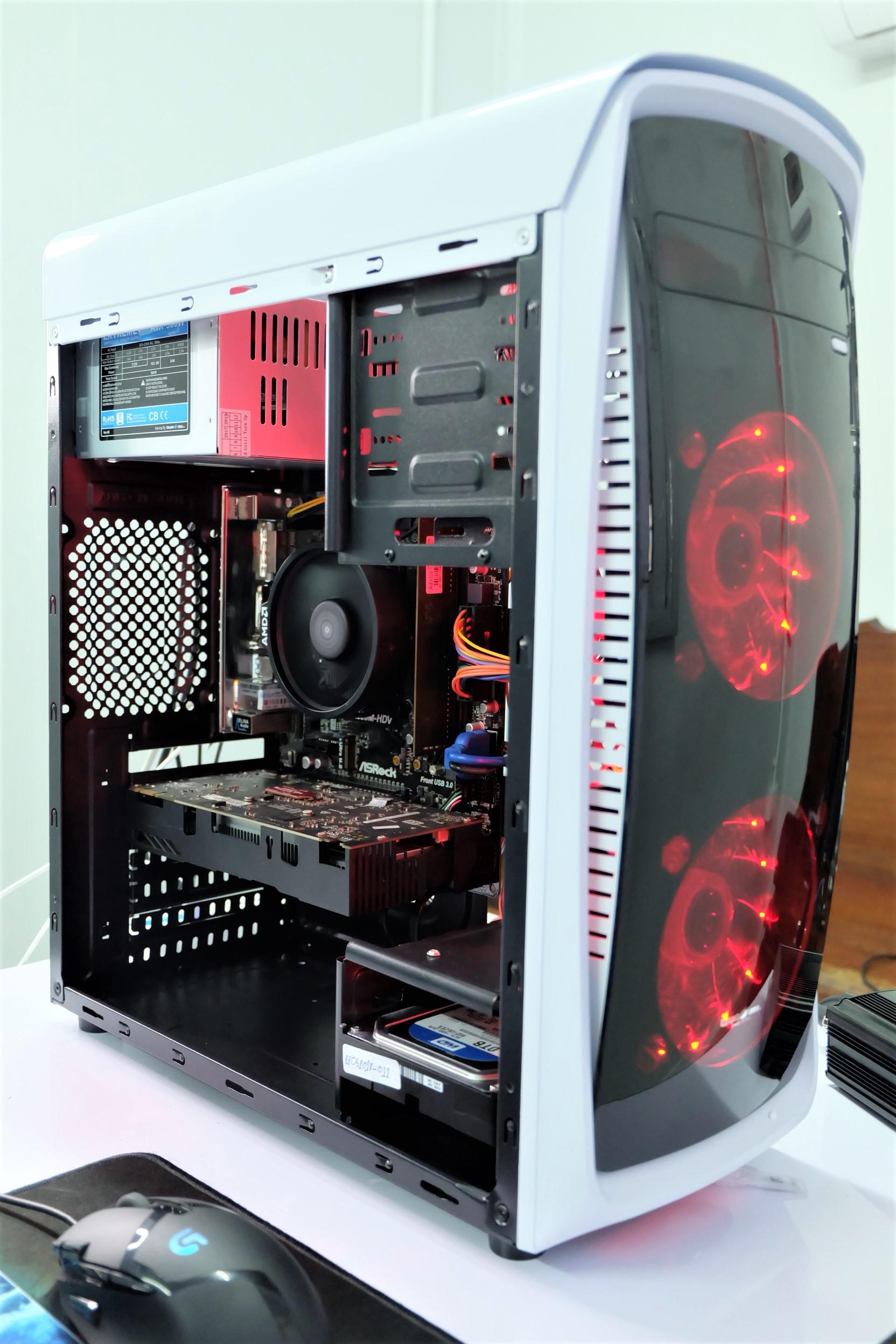 *ของใหม่* AMD RYZEN 3 2200G Turbo 3.7Ghz / 8GB DDR4 / GTX 750Ti 2GB / 580w *อัพเกรดได้*