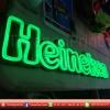 ป้าย Heineken แค่เห็นป้ายก็ได้บรรยายกาศชิวๆ