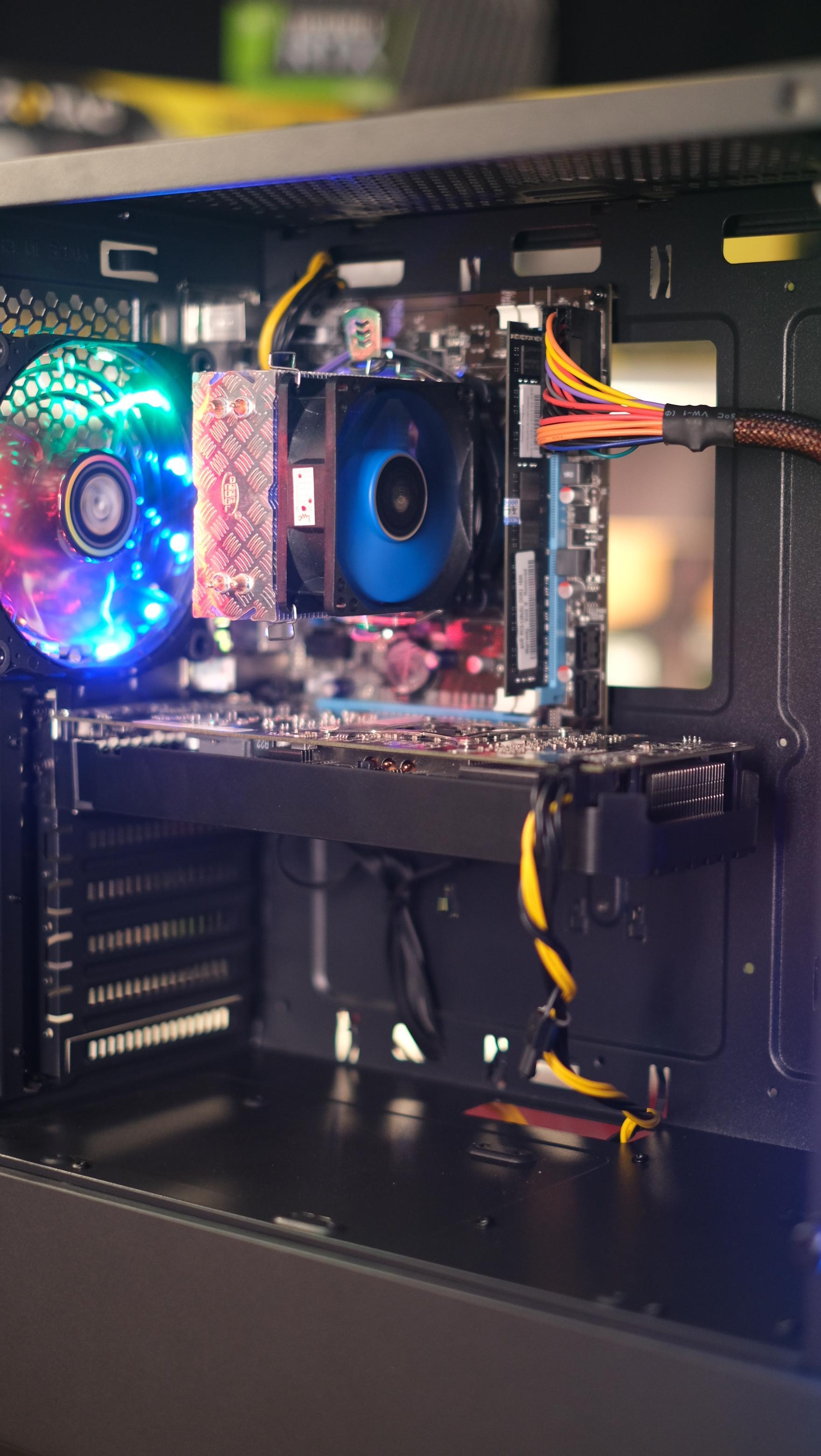 INTEL i5-3570 3 8 Ghz 4C 4T / 8GB / AMD RX 580 8GB / SSD 240 หรือ 1TB /  580W / CASE